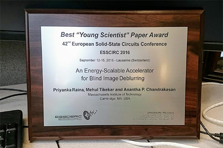 Photo: Best Young Scientist Paper Award